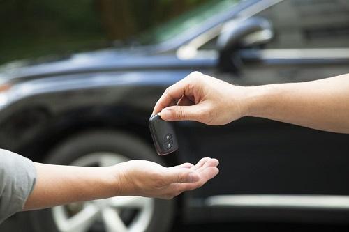Shift bán những chiếc xe hơi đã qua sử dụng chất lượng tốt với giá hợp lý. Ảnh: Cars.