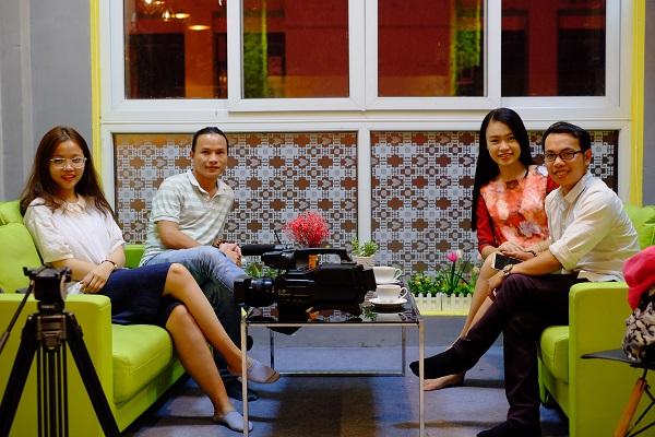 Nhóm phát triển sản phẩm botchat với tham vọng xây dựng sàn thương mại điện tử đầu tiên ở Việt Nam ứng dụng công nghệ blockchaintrên nền tảng mạng xã hội Facebook