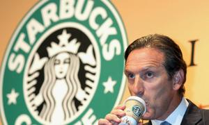 Nỗ lực vượt khó của ông chủ Starbucks