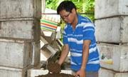 Chàng trai Bến Tre khởi nghiệp với mô hình nuôi tôm bằng bã mía