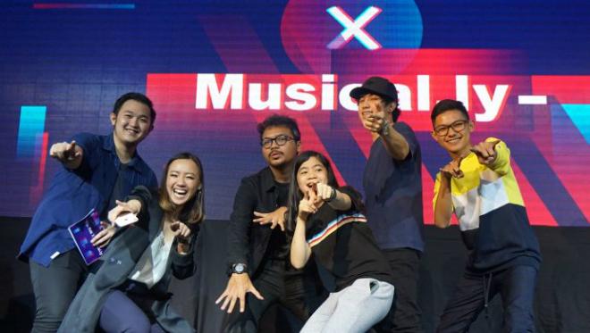 Musical.ly kết hợp cùng Tik Tok tạo ứng dụng mới