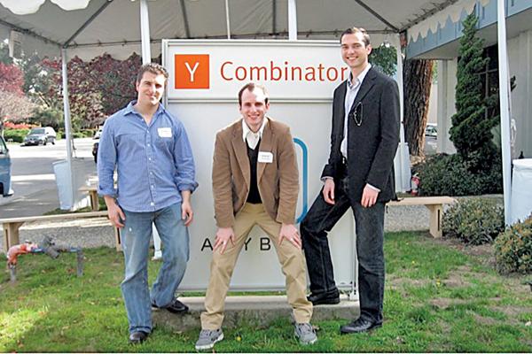 Những nhà sáng lập của Airbnb (từ trái sang): Chesky, Gebbia và Blecharczyk.Ảnh: Bloomber.