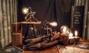 Sinh viên kiếm 40 triệu mỗi tháng nhờ làm đèn từ ống sắt, gỗ