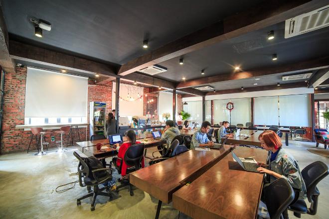 Không gian làm việc chung Toong tích hợp với khách sạn