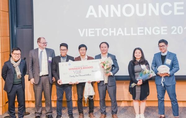 VIoT giành giải nhất VietChallenge 2018 với giá trị giải thưởng 25.000 USD. Ảnh: BTC.