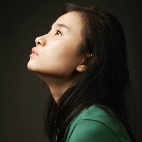 Trang Nguyễn tốt nghiệp Thiết kế Đồ họa, có công việc ổn định ở công ty quảng cáo nhưng quyết định nghỉ việc, thành lập studio cá nhân.