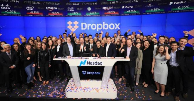 Dropbox trong ngày đầu IPO. Ảnh:Twitter