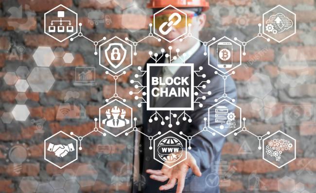 Trung Quốc đang đứng trong thế lưỡng nan khi ứng dụng công nghệ Blockchain. Ảnh: Newfoodmagazine