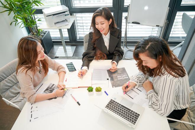 Chọn lựa thiết bị văn phòng thông minh để trợ giúp công việc hiệu quả cho start-up.