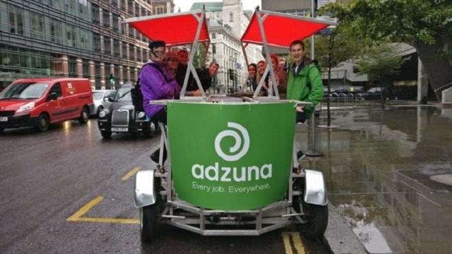 Nhân viên Adzuna tổ chức nhiều hoạt động gây quỹ cho CEO.