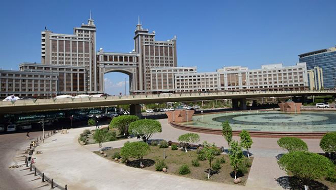 Kazakhstan đang muốn phát triển thành hệ sinh thái kinh tế đa ngành, không phụ thuộc hoàn toàn vào dầu mỏ. Ảnh: e27.
