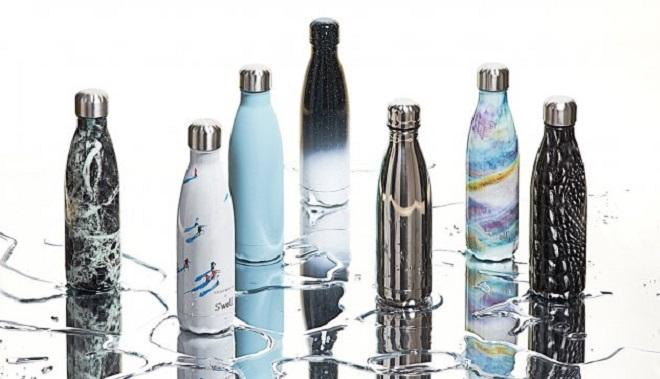 Bộ sưu tập bình đựng nước được hãng tung ra hai lần một năm.