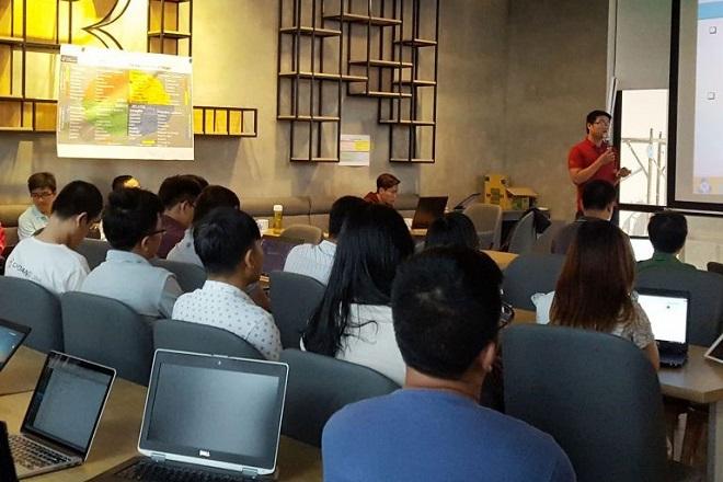 IBL tổ chức nhiều khóa đào tạo, bồi dưỡng kiến thức về công nghệ Blockchain với dự án Asia Blockchain Education Lab. Ảnh: IBL