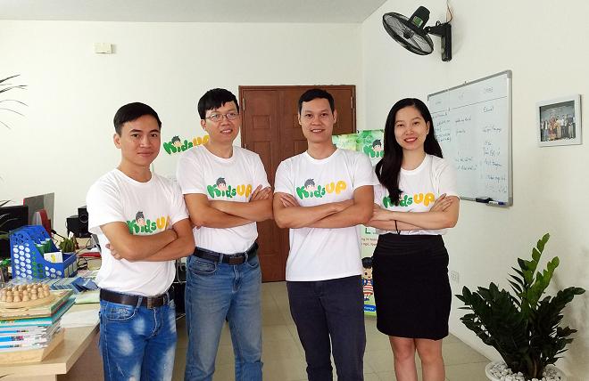 Đội ngũ sáng lập viên dự án Kids Up. Ảnh: NVCC