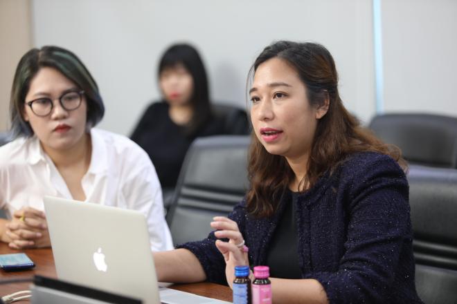 La Mai Hàn Trang trình bày trong vòng thuyết trình trước hội đồng chuyên môn. Ảnh: Thành Nguyễn.