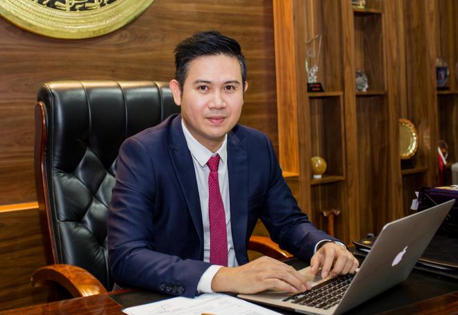 Ông Phạm Văn Tam - Chủ tịch Tập đoàn Asanzo hứa hẹn sẽ mở quỹ đầu tư khởi nghiệp triệu USD tại chung kết Startup Việt 2018.