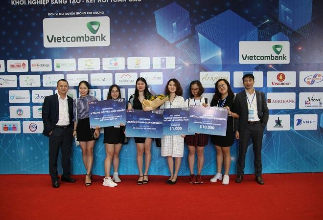 Những đại diện của đội ngũ phát triển dự án Medlink.