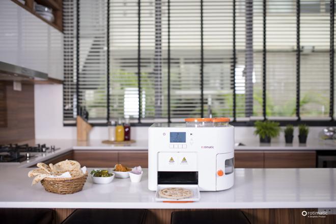 Robot làm bánh tự động Rotimatic