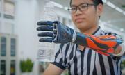 Startup lắp tay điện miễn phí cho người khuyết tật