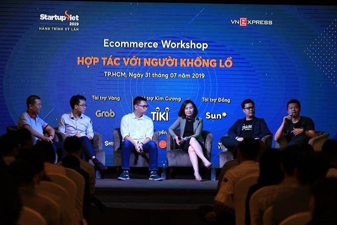 Các chuyên gia trong lĩnh vực thương mại điện tử chia sẻ về tiềm năng của thị trường này tại Việt Nam và cơ hội hợp tác với các doanh nghiệp lớn trong sự kiện ngày 31/7 tại TP HCM, do VnExpress tổ chức. Ảnh: Hữu Khoa.