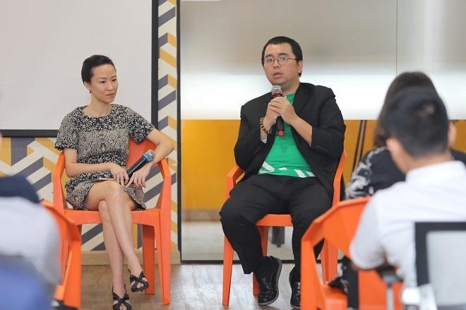 Anh Nguyễn Tuấn Anh (phải) chia sẻ chiến lược giúp startup mở rộng thị trường toàn cầu.
