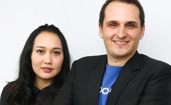 Suci Arumsari - Giám đốc Alodokter và Nathanael Faibis - CEO Alodokter.