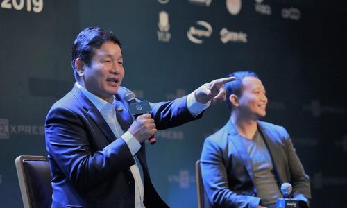 Chủ tịch FPT và Tiki tranh luận về khởi nghiệp