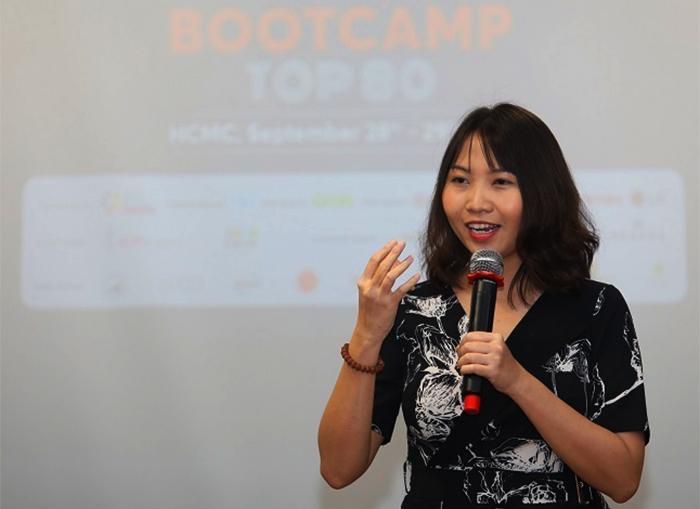 Bà Mandy Nguyễn tại bootcamp Startup Việt 2019 cuối tháng 9.