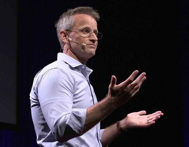 Ông Jeff Haden - Chuyên gia về kinh doanh và đổi mới, tác giả nhiều bài viết có giá trị trên Inc.com. Ảnh: TED Talks.