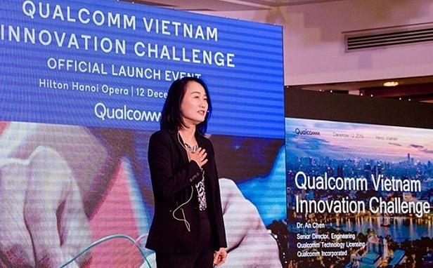 Bà An Mei Chen (Tran My An) – Giám đốc kỹ thuật cấp cao của Tập đoàn Qualcomm phát biểu trong một sự kiện ra mắt cuộc thi. Để đăng ký tham dự QVIC 2020 hoặc tìm hiểu thêm thông tin về cuộc thi, vui lòng truy cập tại đây. (Xin ảnh khách)