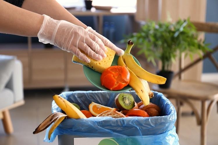 Thế giới đang có khoảng 1/3 tổng số thực phẩm sản xuất cho tiêu dùng, gây thiệt hại  940 tỷ USD mỗi năm. Ảnh: Adobe.