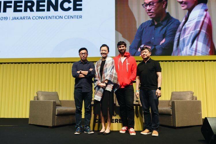 Các VC tại hội nghịTech in Asia 2019đồng ý rằng công ty khởi nghiệp sẽ gặp nhiều cơ hội tốt trong bối cảnh chiến tranh thương mại Mỹ-Trung và tình hình kinh tế vĩ mô rộng lớn tương lai. Ảnh:Tech in Asia.