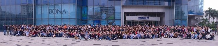 Sun* Startups có hơn 1.400 nhân viên, trong đó hơn 900 nhân sự liên quan đến đội ngũ lập trình viên với đầy đủ các vị trí trong một đội nhóm để phát triển phần mềm.