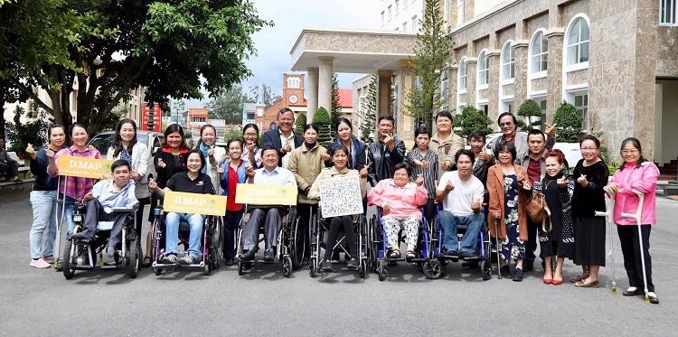 Ứng dụng bản đồ chia sẻ thông tin địa điểm cho người khuyết tật - 2