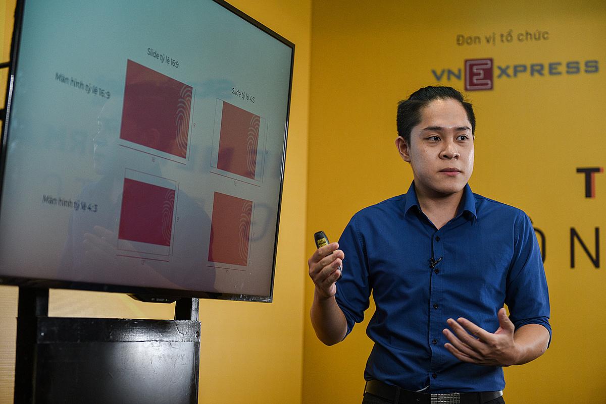 Nội dung đào tạo Cách thiết kế một pitch - deck do ông Nguyễn Thành Phương - Giám đốc Sáng tạo Raconteu hướng dẫn. Ảnh: Startup Việt 2020.