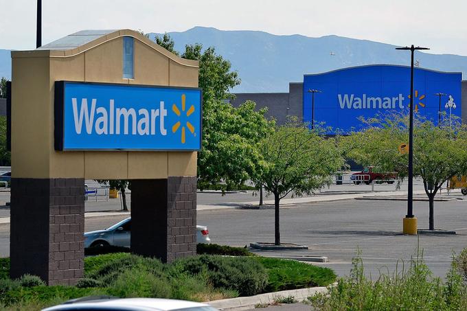 Walmart không đứng ngoài cuộc đua kiếm tiền từ Covid-19.