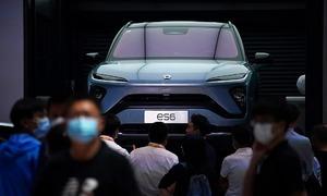 Hai công ty xe điện Trung Quốc lập doanh số kỷ lục