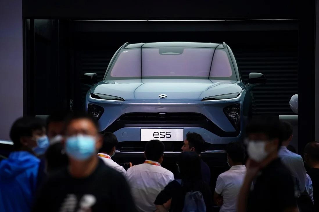 Một chiếc SUV Nio ES6 được trưng bày tại Triển lãm ôtô quốc tế Bắc Kinh 2020. Ảnh: Reuters.