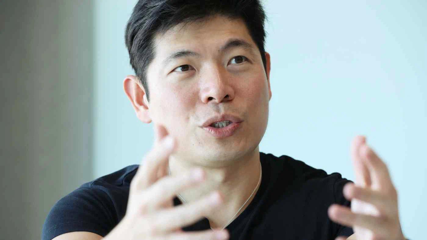 Anthony Tan, CEO và người đồng sáng lập Grab. Grab đang là một trong những công ty lớn nhất trong khu vực theo mô hình siêu ứng dụng. (Ảnh: Nikkei)