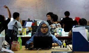 Các công ty khởi nghiệp Indonesia hút nhân tài bằng chính sách trả thưởng cao