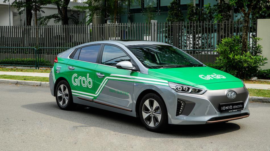 Grab triển khai dịch vụ xe điện tại Indonesia. Ảnh: Travel Daily.